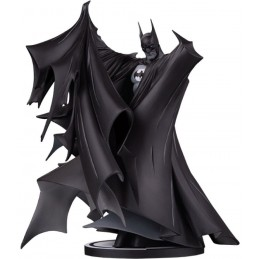 DC COLLECTIBLES BATMAN BLACK AND WHITE TODD MCFARLANE STATUE FIGURE