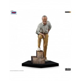 IRON STUDIOS STAN LEE 1/10 REGULAR ART SCALE STATUE