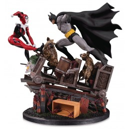 DC COLLECTIBLES BATMAN VS HARLEY QUINN BATTLE STATUE FIGURE