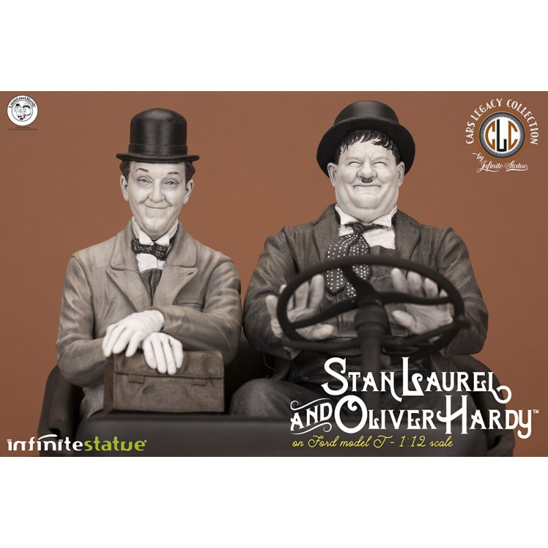 INFINITE STATUE LAUREL AND HARDY ON FORD OLDANDRARE STATUE FIGURE