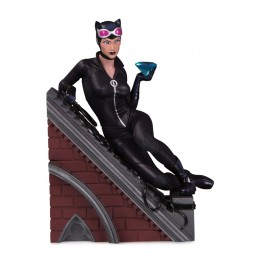 DC COLLECTIBLES VILLAINS MULTIPART CATWOMAN STATUE FIGURE