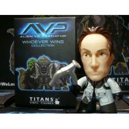 AVP ALIEN VS PREDATOR COLLECTION - BISHOP VINYL ACTION FIGURE TITANS