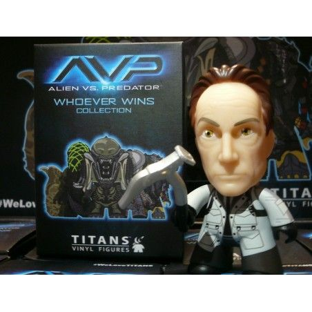 AVP ALIEN VS PREDATOR COLLECTION - BISHOP VINYL ACTION FIGURE