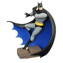 "DIAMOND SELECT BATMAN GALLERY THE ANIMATED SERIES - BATMAN 9"" PVC FIGURE STATUE"
