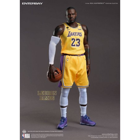 NBA COLLECTION REAL MASTERPIECE LEBRON JAMES 30CM ACTION FIGURE