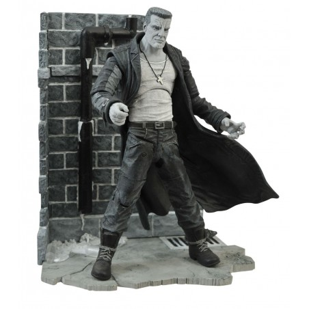 SIN CITY MARV DIAMONDS SELECT DELUXE ACTION FIGURE