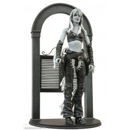 SIN CITY NANCY JESSICA ALBA DIAMONDS SELECT DELUXE ACTION FIGURE