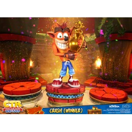 CTR CRASH TEAM RACING CRASH BANDICOOT WINNER STATUA FIGURE FIRST4FIGURES