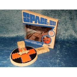 SIXTEEN 12 SPACE 1999 ELECTRONIC EAGLE LAUNCH PAD REPLICA FIGURE